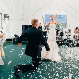 Свадьба в шатре в пансионате Морозовка