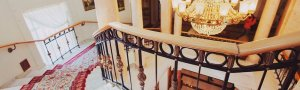 Усадьба Морозовка - Винтовая лестница