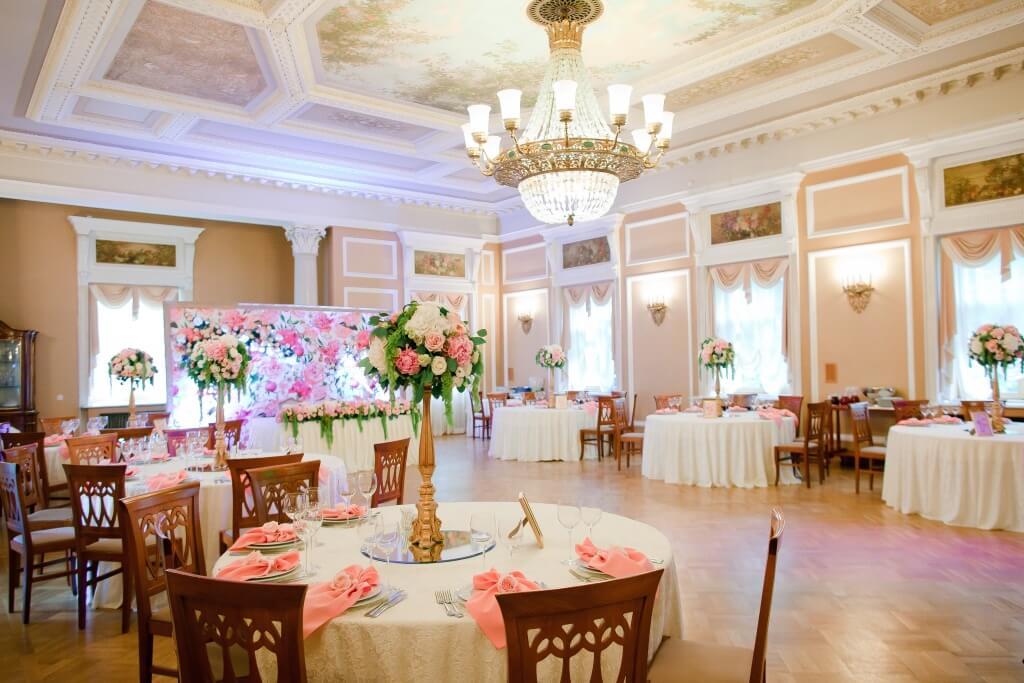 Ресторан в Главном корпусе - Парк Отель Морозовка