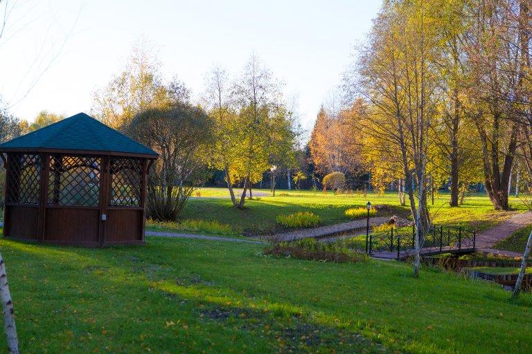 Беседки в парке Морозовка