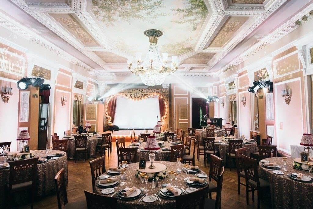 Свадьба в зале ресторана Морозовка