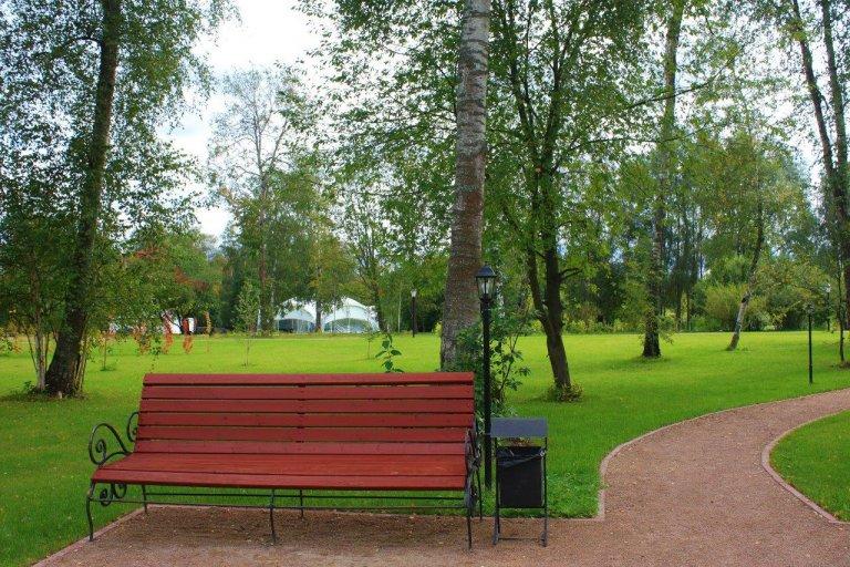 Новый парк в отеле Морозовка